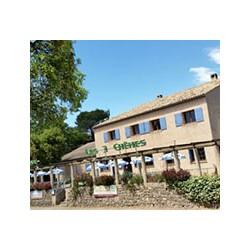 Hotel Restaurant Les 3 Chênes in Frejus