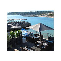 Royal Beach Restaurant in Antibes