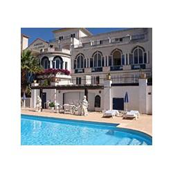 Hotel Auberge De La Calanque in Le Lavandou